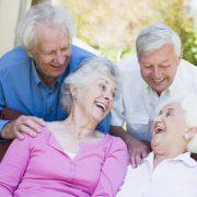 Praxis Kottulinsky-Gründer steht auch für Zahngesundheit im Alter